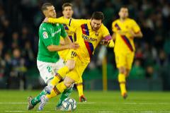 El Barcelona remonta en un partido vibrante ante el Betis