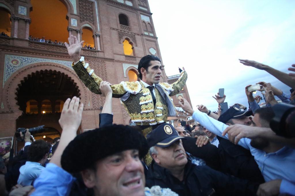 Bombazo de Alejandro Talavante en Madrid: firma tres tardes en San Isidro