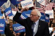 Sanders pronuncia un discurso ante sus simpatizantes en Manchester (EEUU).