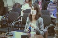La portavoz de Podemos en la Asamblea, Isa Serra, en el banquillo de los acusados.