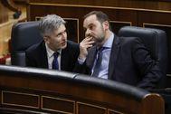 Fernando Grande-Marlaska y José Luis Ábalos, ministros del Interior y de Transportes, respectivamente, durante la sesión de control al Gobierno en el Congreso.