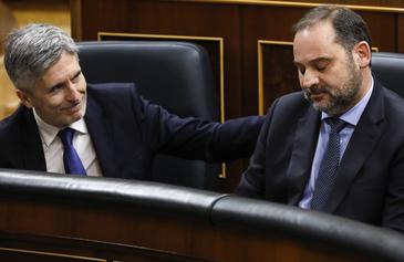 Los ministros Fernando Grande-Marlaska y José Luis Ábalos, este miércoles.