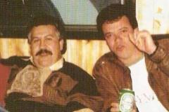 'Popeye' (a la derecha), con Pablo Escobar, cuando trabajaba como sicario para él.