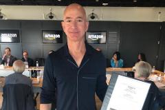Bezos, en una foto compartida por el magnate en su Instagram.