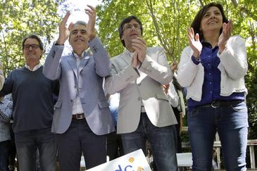 De izqda. a dcha., Artur Mas, Francesc Homs, Carles Puigdemont y Anna Erra.