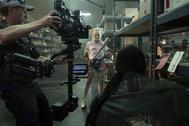 La actriz Margott Robbie encarna a Harley Quinn en el rodaje de 'Aves de Presa'.