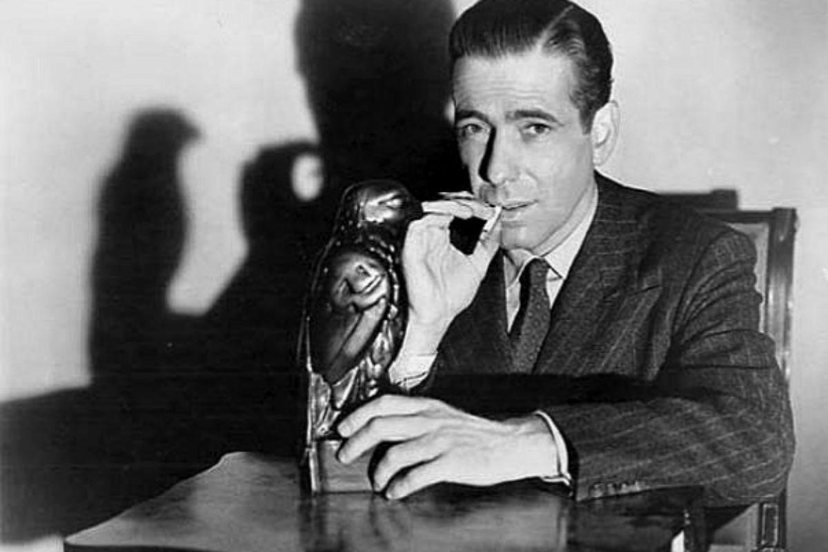 Humphrey Bogart en el papel de Sam Spade en 'El halcón maltés'.