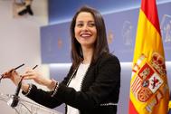 La portavoz de Cs en el Congreso, Inés Arrimadas, en una rueda de prensa.