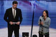 Pau Gasol, junto a Sue Bird en el All Star.