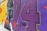 Un mural de homenaje a Kobe Bryant en Chicago, sede del All Star.