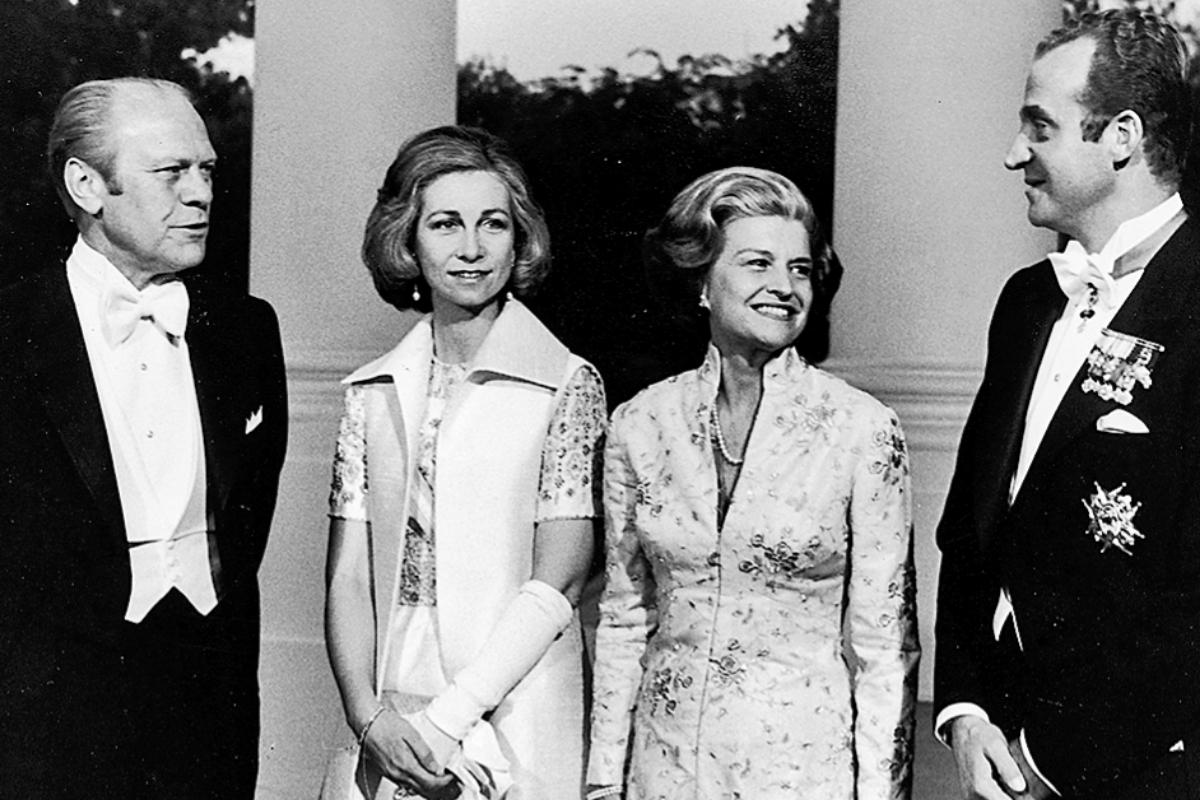 Don Juan Carlos y Doña Sofía, con Gerald Ford y su esposa, Betty, en 1976.