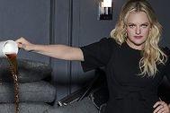 """Elisabeth Moss: """"En Hollywood se han dado cuenta de que las mujeres generamos dinero''"""