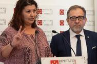 La diputada de Bienestar Social, Patricia Puerta, y el presidente de la Diputación, José Martí.