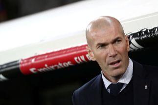 Una defensa temblorosa y una patada en la cara de Zidane