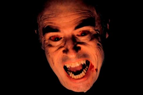 """La eterna resurrección de los vampiros: """"Ha bastado una crisis o epidemia para que reaparezcan"""""""
