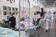 Un centro de exposiciones convertido en un hospital en Wuhan, en la provincia central de Hubei en China.