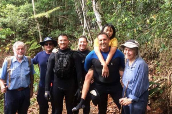 Una mujer sobrevive cinco días en un bosque de Australia refugiándose en cuevas