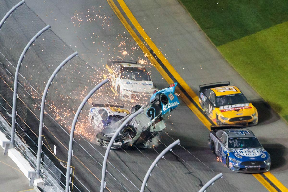 Grave accidente al final de las 500 Millas de Daytona