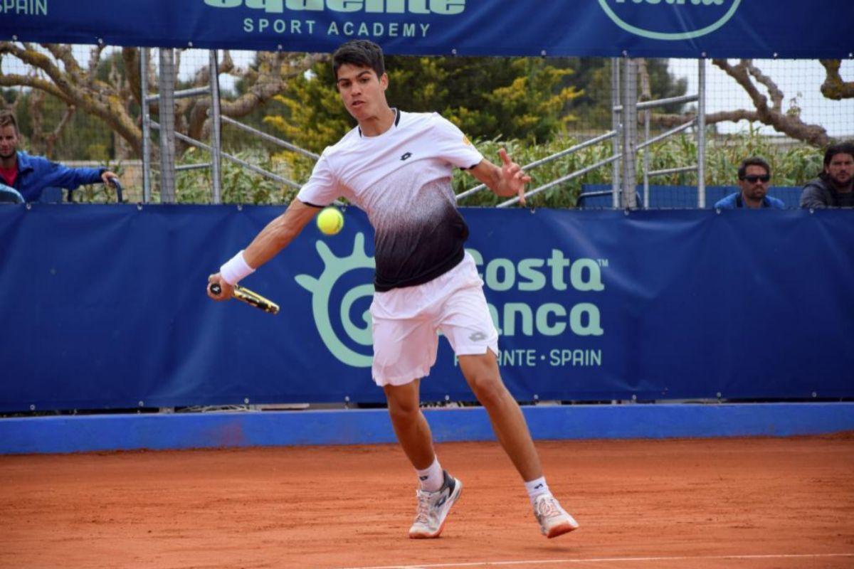 El español Carlos Alcaraz logra con 16 años su primera victoria en el circuito ATP