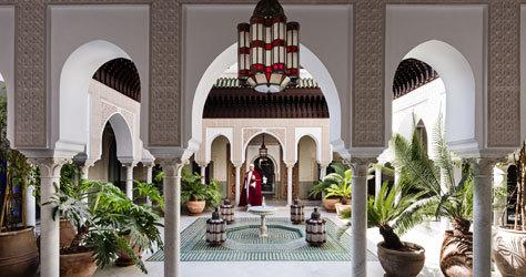 Uno de los patios de estilo árabe-andaluz de La Mamounia.