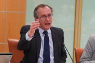 El líder del PP, Alfonso Alonso, durante su réplica al lehendakari.