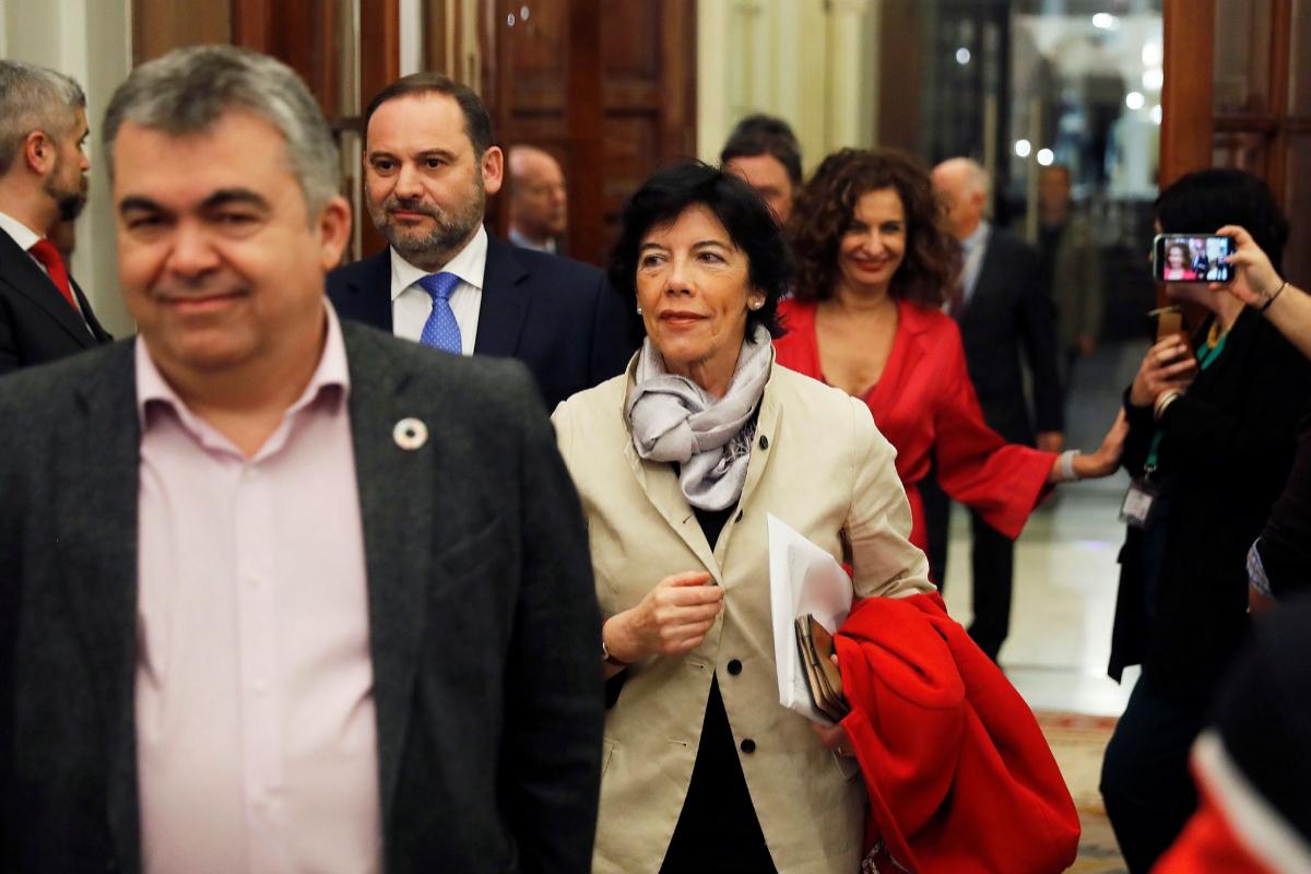 """Isabel Celaá inicia el proceso judicial contra el 'pin parental' y pide que se retire de forma """"urgente"""""""
