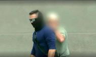Fotograma de vídeo del canal televisivo Unitel del incidente ante la embajada de México, en diciembre, en La Paz (Bolivia).
