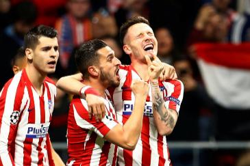 El viejo Atlético martiriza al Liverpool