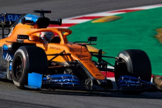 """Sainz se harta de rodar en Montmeló: """"El coche es un buen paso adelante respecto al del año pasado"""""""