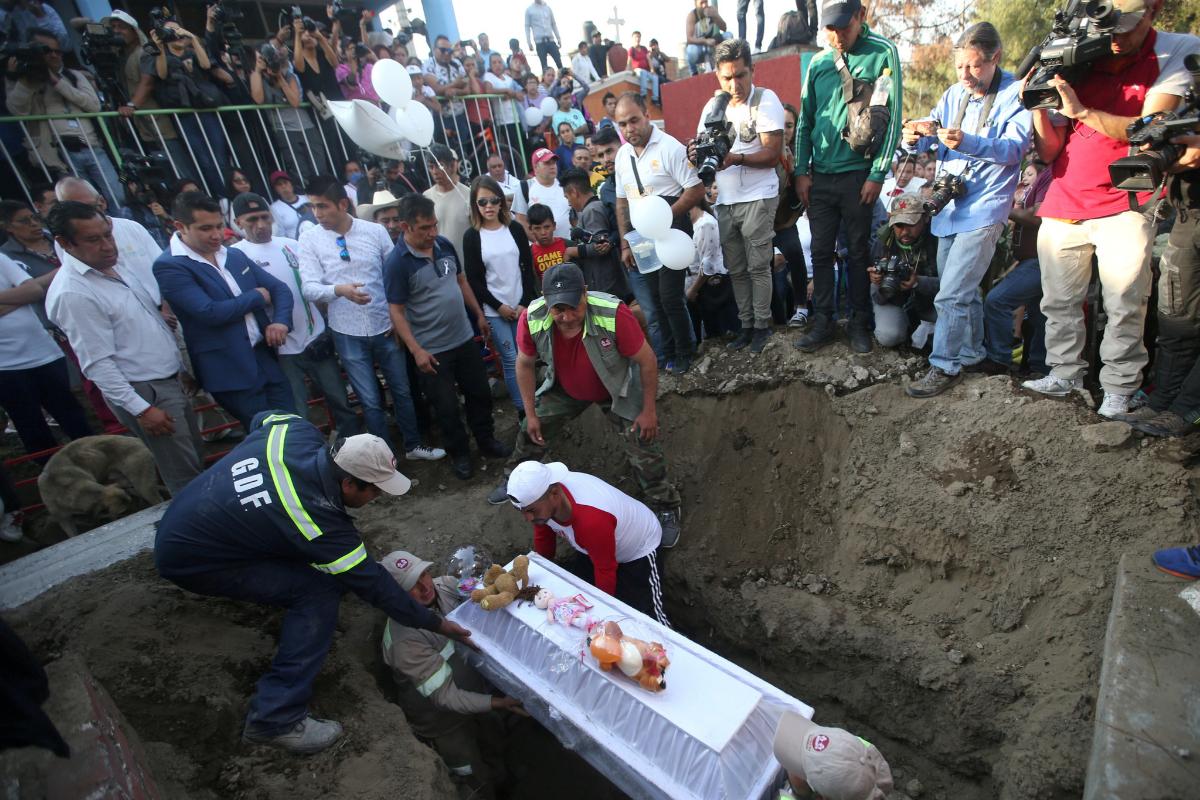 Entierro de Fátima en México.