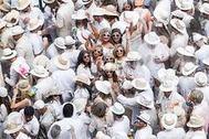 El Carnaval de los Indianos: polvos de talco a mansalva y sones caribeños