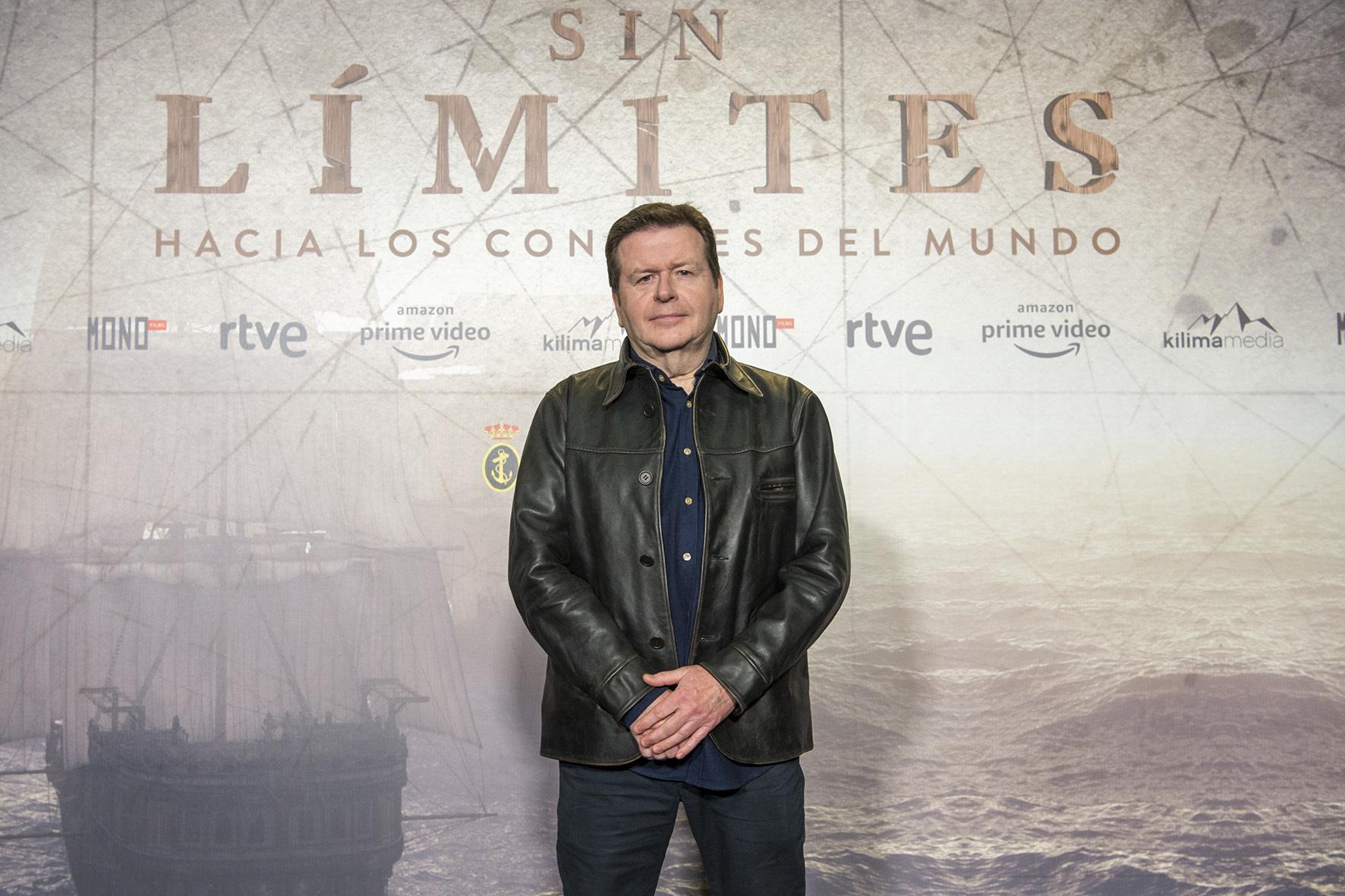 El cineasta británico Simon West, durante la presentación de la serie 'Sin límites'.