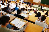 Examen de la EvAU en la Universidad Complutense de Madrid.