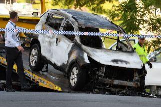 Un ex jugador quema vivos a su mujer y a sus tres hijos y se suicida apuñalándose