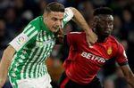 Goles sin control entre Betis y Mallorca en el Villamarín