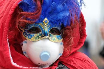 El norte de Italia restringe  los actos públicos por temor al coronavirus