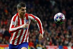 Morata y Correa, en ataque ante un Villarreal con 11 españoles