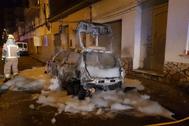 El edil ha denunciado en redes sociales que le han quemado el coche.