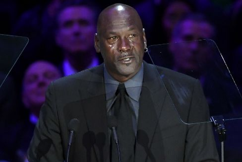 """Las lágrimas de Jordan en el último adiós a Kobe Bryant: """"Era como mi hermano pequeño"""""""