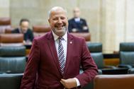 El consejero Javier Imbroda, en el Parlamento.