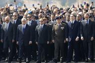 Al Sisi, en el centro, en un momento del funeral este miércoles en El Cairo.