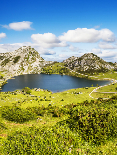Los mejores lugares para plantar la tienda de campaña en España