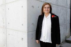 Patricia Muñoz, en la entrada del edificio de Unidad Editorial
