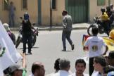 """España condena el """"hostigamiento al presidente encargado Guaidó"""" tras el ataque a tiros a  una marcha opositora"""