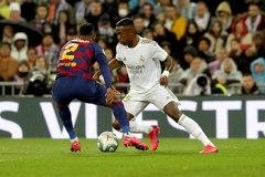 Vinicius, ante Semedo, el domingo en el Bernabéu.