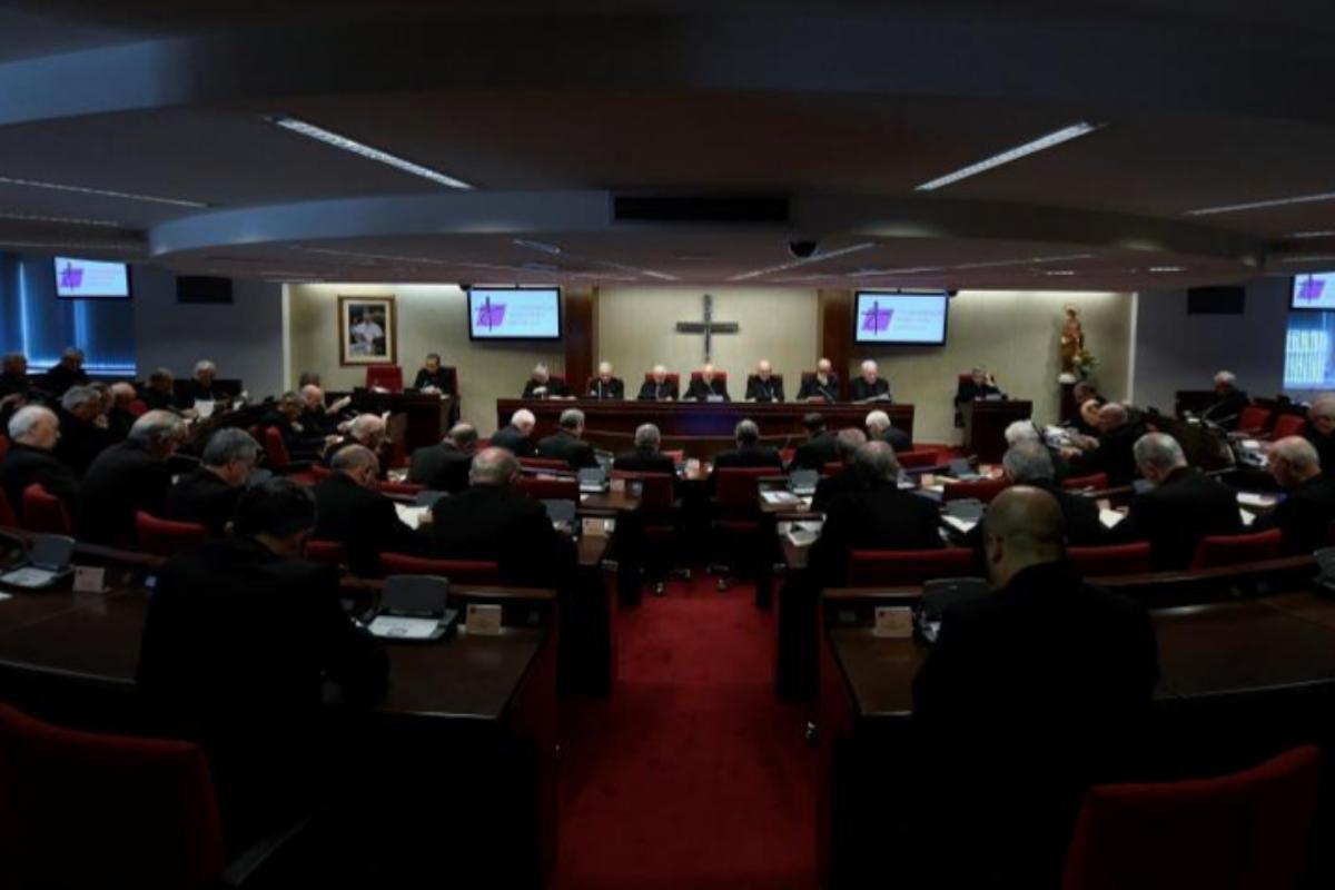 La Asamblea Plenaria de los obispos.
