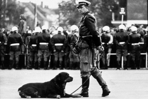 La Policía alemana se vio obligada a proteger a los líderes de una extrema derecha que volvía a ganar elecciones en los años 60.