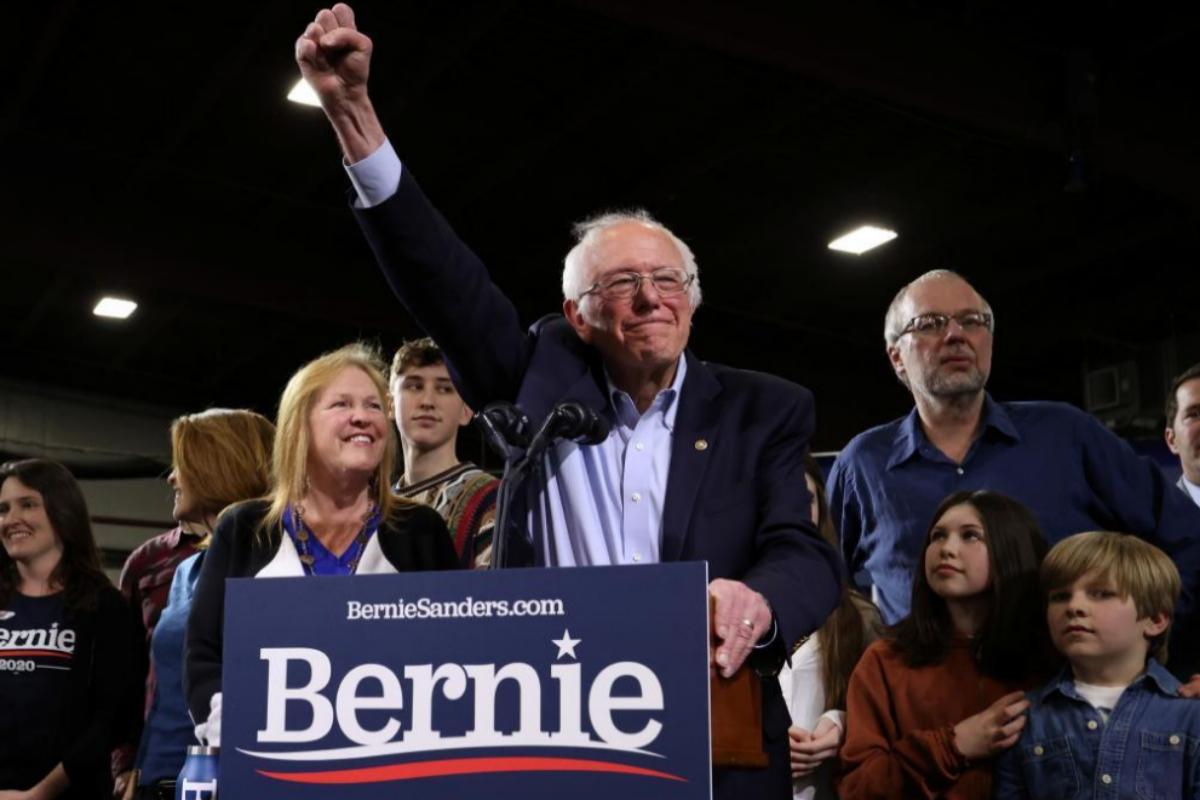El candidato presidencial demócrata, el senador Bernie Sanders, en Vermont, en el supermartes.