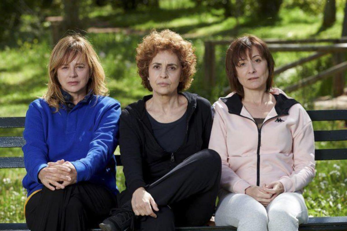 Emma Suárez, Adriana Ozores y Nathalie Poza protagonizan 'Invisibles', de Gracia Querejeta.
