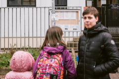 """GRAFCAV3209. lt;HIT gt;VITORIA lt;/HIT gt;, 09/03/2020.- Vista del colegio publico Vitoriano """"Odon Apraiz"""" en lt;HIT gt;Vitoria lt;/HIT gt; que ha cerrado este lunes sus puertas al alumnado """"hasta nuevo aviso"""" para evitar el contagio ante los casos de coronavirus que se han diagnosticado estos últimos días en el centro escolar. EFE/ Jon Rodriguez Bilbao"""